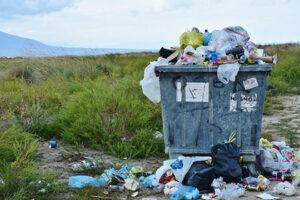 Sampah yang berserakan