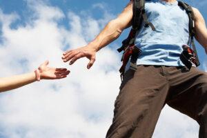 Contoh sikap peduli terhadap sesama
